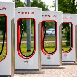 Tesla apuesta fuerte por China con la apertura de un nuevo Supercargador de 50 puntos