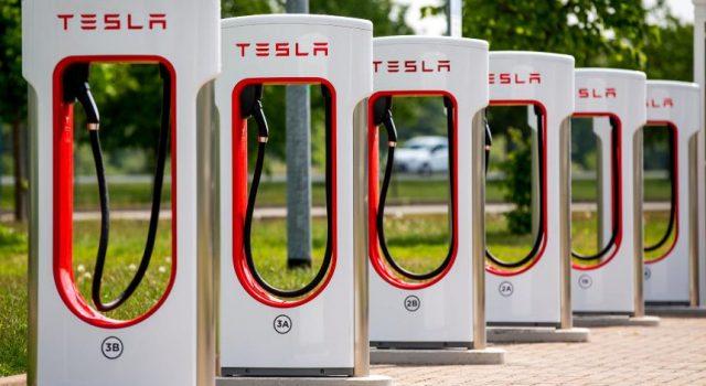 Se espera un gran aumento en la cotización de las acciones de Tesla en Wall Street