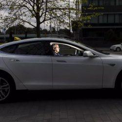 Un taxista de Finlandia ha llegado a los 400.000 kilómetros con su Tesla Model S
