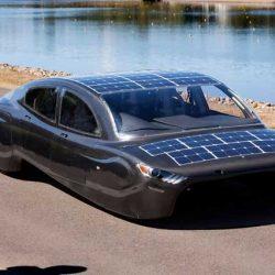 El coche solar-eléctrico Sunswift Violet competirá con la sexta versión en la Bridgestone World Solar Challenge