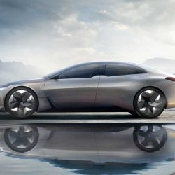 BMW quiere vender más de 500.000 coches eléctricos e híbridos para antes de 2020