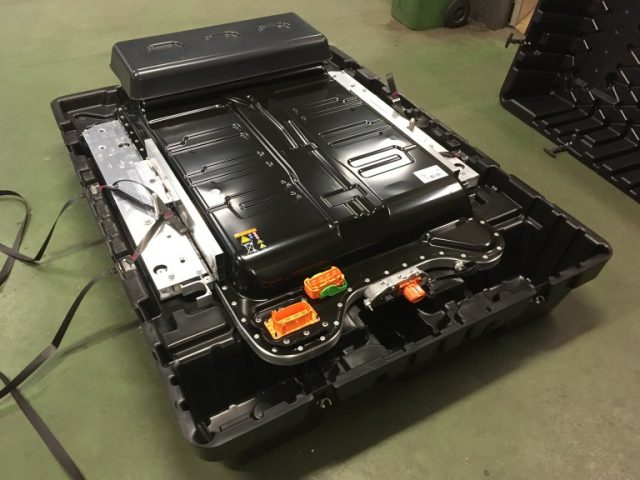 Cambio de batería del Renault ZOE.