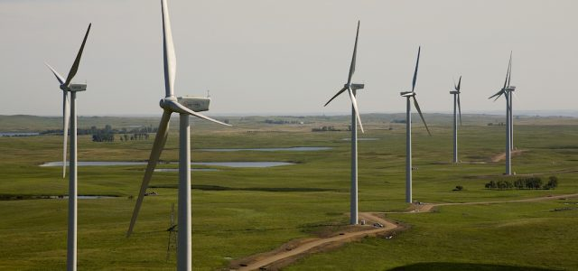 El 'boom' de los coches eléctricos y las energías renovables no serán suficientes para reducir el calentamiento global