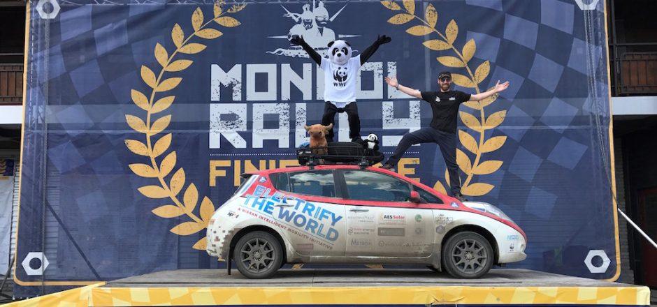 Plug In Adventures: primer equipo en completar el Mongol Rally en un Nissan LEAF
