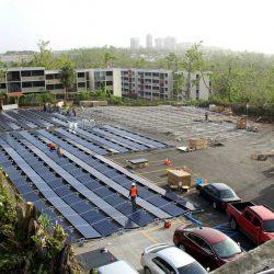 Tesla pone en marcha una instalación fotovoltaica con baterías en el hospital de Puerto Rico