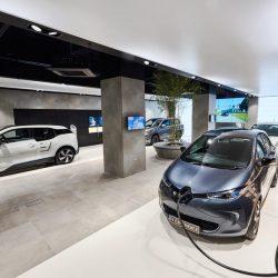 BMW, Nissan, Renault, Volkswagen, Kia y Mitsubishi colaboran en la apertura de una tienda multimarca de coches eléctricos