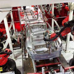 Tesla reduce un 40% los pedidos de un suministrador del Model 3