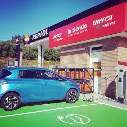 El Gobierno prepara importantes cambios para incentivar el coche eléctrico en España. Nuevo Plan Promovea y cambio en el gestor de carga