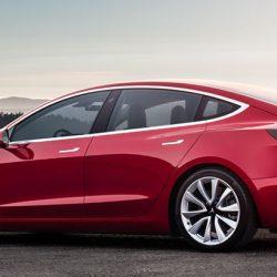 Elon Musk insinúa la llegada de unas nuevas llantas de 20 pulgadas al Model 3