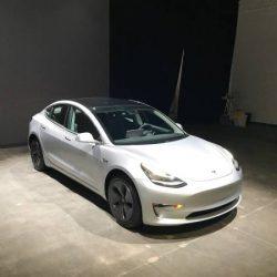 El Tesla Model 3 ya tiene cifras de autonomía oficiales bajo el ciclo EPA, y llega a los 499 kilómetros