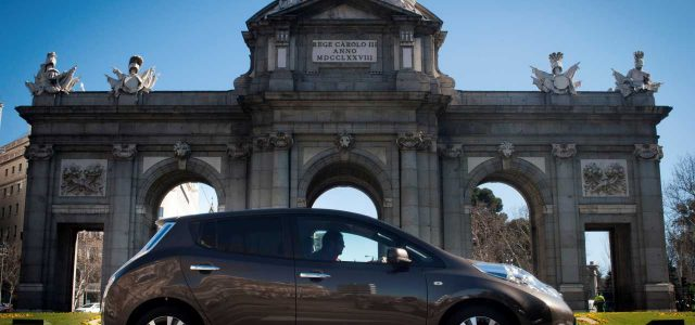 El coche eléctrico ya es una necesidad para los desplazamientos urbanos en las grandes ciudades