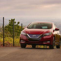Algunos propietarios del antiguo Nissan LEAF montan en la nueva generación y cuentan sus impresiones (Vídeo)
