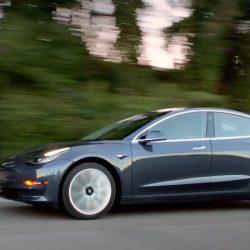 Los analistas de la consultora Berstein prueban el Tesla Model 3, e indican que tiene graves fallos de calidad y acabados