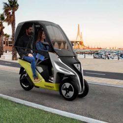 Torrot Velocípedo. Un interesante vehículo eléctrico mitad moto, mitad coche, con hasta 150 kilómetros de autonomía