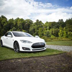 [ACTUALIZADO] Según el MIT, un Tesla Model S puede llegar a emitir más CO2 que un compacto de combustión