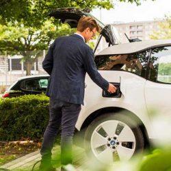 ¿Cuánto falta para que la recarga pública de coches eléctricos sean rentable?