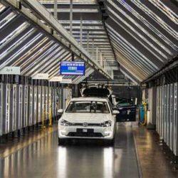 Volkswagen doblará la producción del Golf eléctrico ante el fuerte incremento de demanda de la nueva versión