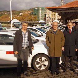 Seis taxistas de Bilbao estrenan coche eléctrico. El nuevo Hyundai IONIQ