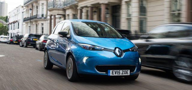 Renault trabaja en mantener la competitividad del ZOE frente a la nueva generación. Posible bajada de precio, y habla del electrolito sólido