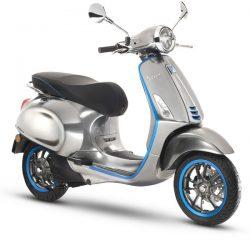 Piaggio presenta su primera Vespa eléctrica. Motor de 4 kW, autonomías de hasta 100 kilómetros y extensor de autonomía opcional