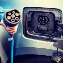 El plan de ayudas a la compra de coches eléctricos en España, Plan MOVALT, ya tiene fecha y hora de arranque