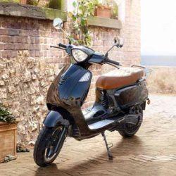 KSR Moto Vionis. Un scooter eléctrico económico ya a la venta