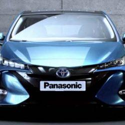 Toyota se pone, por fin, seria con el coche eléctrico. Primera generación con baterías de Panasonic y segunda con electrolito sólido