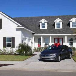 Cómprate una casa, y llévate de regalo un Chevrolet Bolt