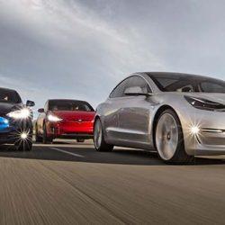 JP Morgan recomienda vender las acciones de Tesla por la llegada de los coches eléctricos de Mercedes, BMW y Audi