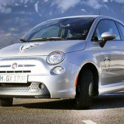 Scuderia-e. Un FIAT 500e con batería de 56 kWh, autonomía de hasta 400 kilómetros y recarga de 150 kW