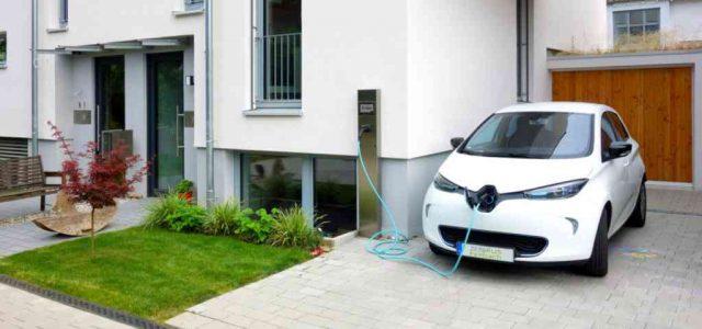 Baleares prohibirá la venta de coches diésel a partir de 2025, y de gasolina en 2035