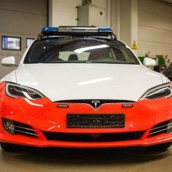 Luxemburgo se compra unos Tesla Model S para la policía, y estos no logran la homologación para circular