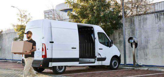 La Renault Master ZE ya tiene precio en Francia: desde 48.200 euros con la batería en alquiler