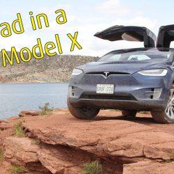 Finalmente alguien prueba las aptitudes todoterreno del Tesla Model X (Vídeo)