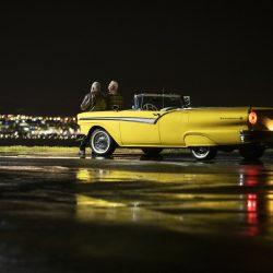 Este precioso Ford Fairlane de 1957 llamado Evie ha sido transformado en un coche 100% eléctrico