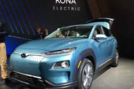Primeras pruebas con el Hyundai Kona eléctrico. Sensaciones de conducción, calidad interior, autonomía y posibles precios