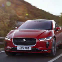 Jaguar Land Rover llega a un acuerdo con Blackberry para desarrollar el software de sus coches eléctricos