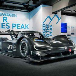 Presentado el Volkswagen I.D. R. Un superdeportivo eléctrico con el que aspiran a ganar en el Pikes Peak 2018