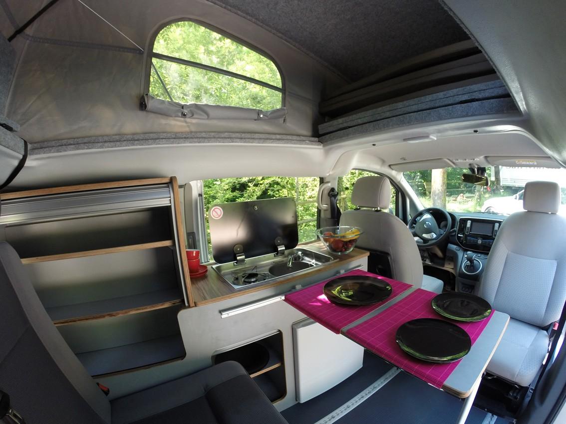 nissan presenta la e nv200 camper la furgoneta el ctrica. Black Bedroom Furniture Sets. Home Design Ideas