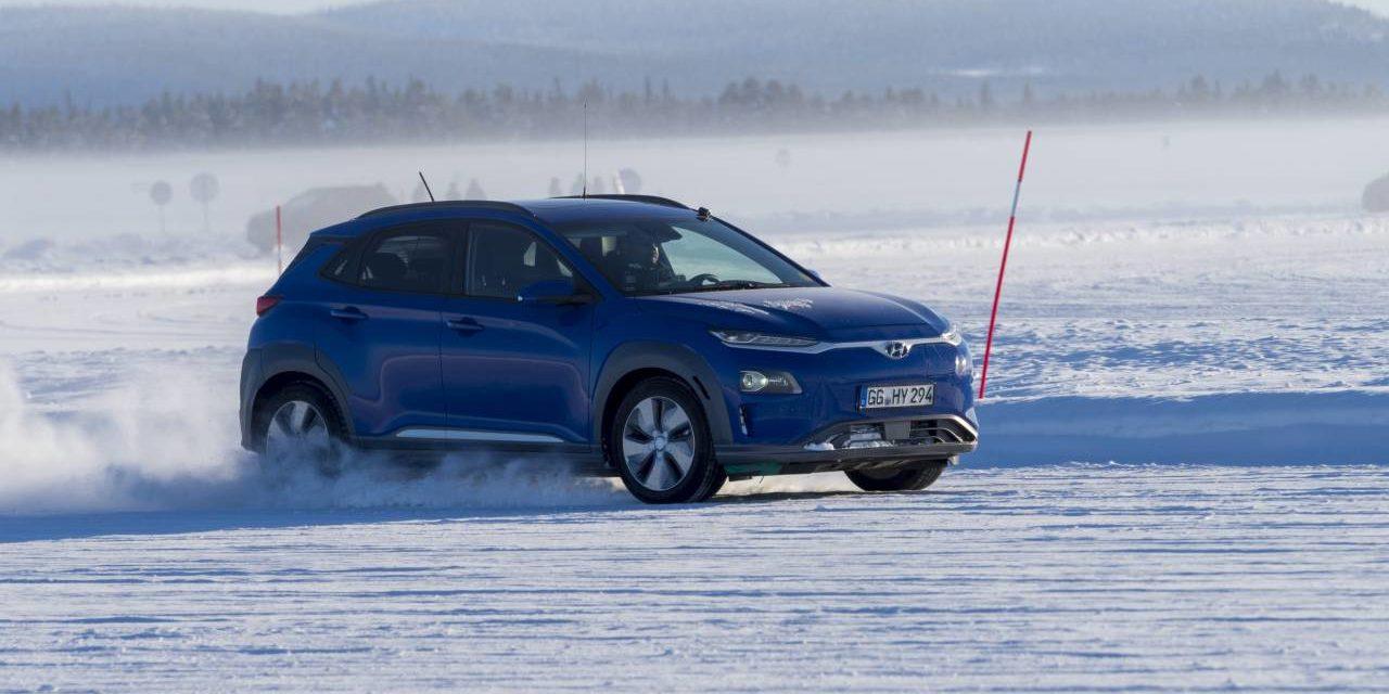 Prueba de autonomía de coches eléctricos en condiciones invernales