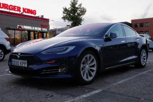 Tesla Model S 100D 23