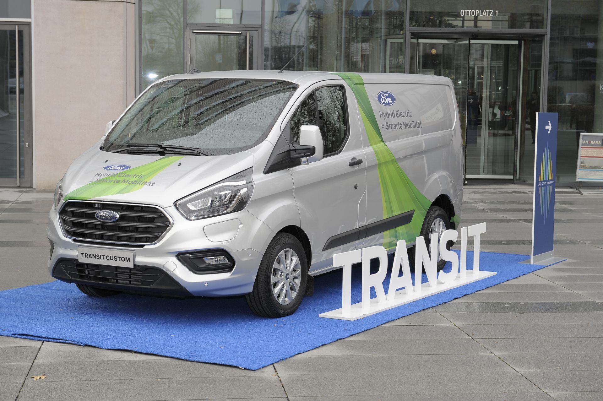 Continuan Las Pruebas De La Ford Transit Custom Hibrida Enchufable