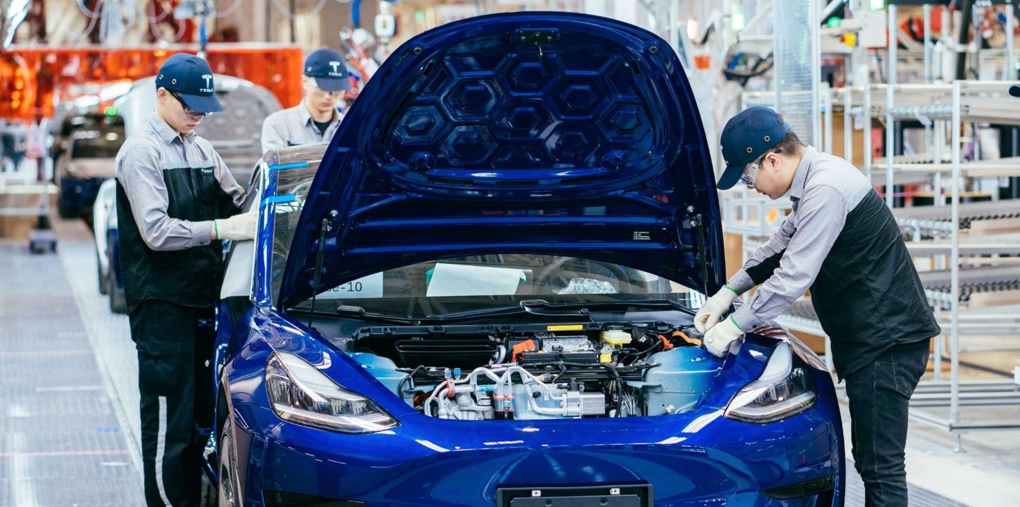 Fabricación de Tesla