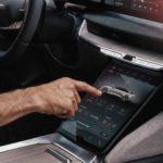 lucid-air-center-touchscreen