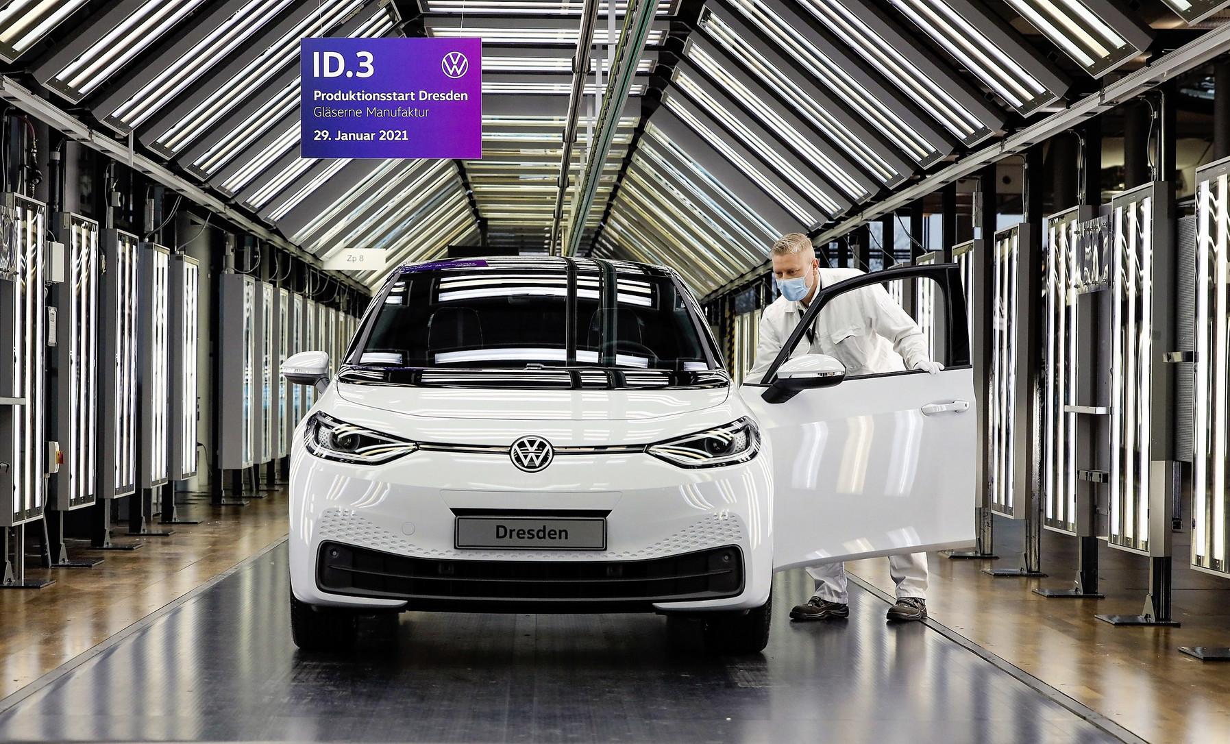 Volkswagen comienza la producción del ID.3 en la Fábrica de Cristal de Dresde a un ritmo de 35 unidades diarias