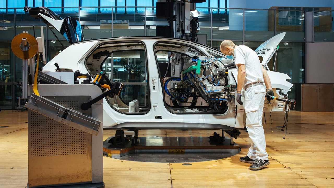 Volkswagen coche combustion más caro que coche eléctrico