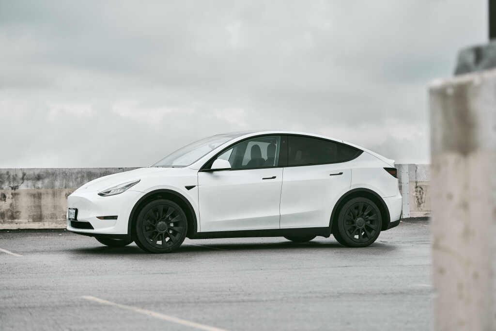 precios Tesla Model y