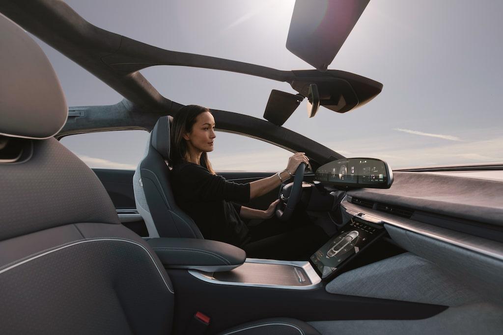 Mercedes Interior coche eléctrico
