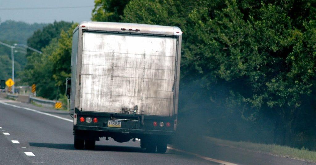 Camión emisiones