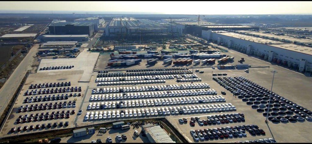 La gigafábrica de Shanghai centro de exportación de Tesla